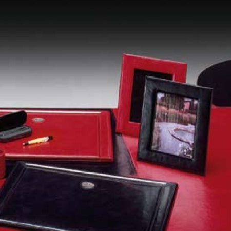 Lamborghini Leather Photo Frames - italydesign.com