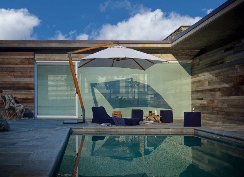 Outdoor Martin Canteliever Umbrella - italydesign.com