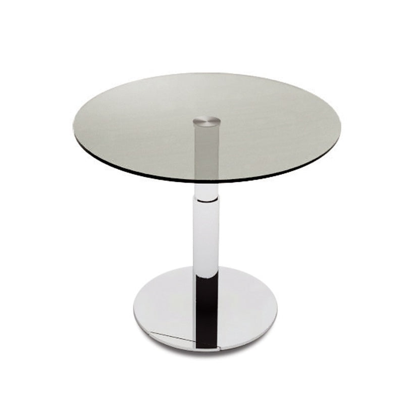 Round top version of the Sirio dining table by NAOS
