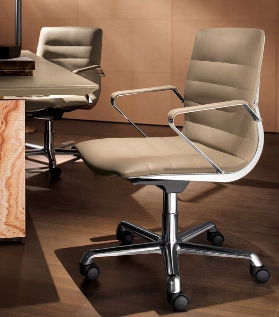 Verona Guest Chair in tan leather