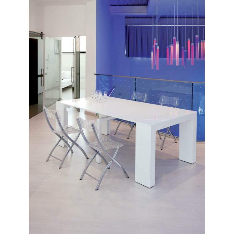 modern white dining table made in Italy