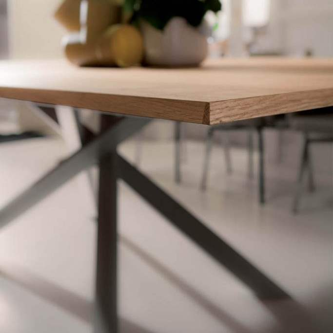 Wooden expandable table by Ozzio Italia