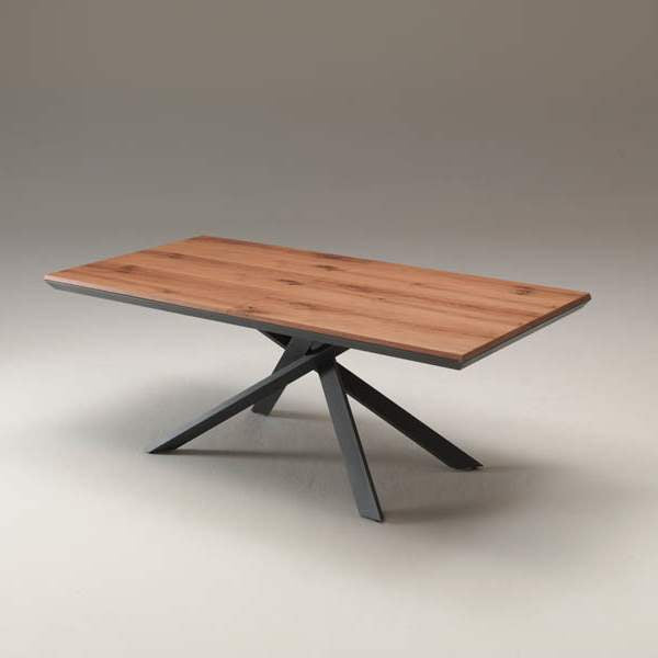 compact configuration of Ozzio Italia table