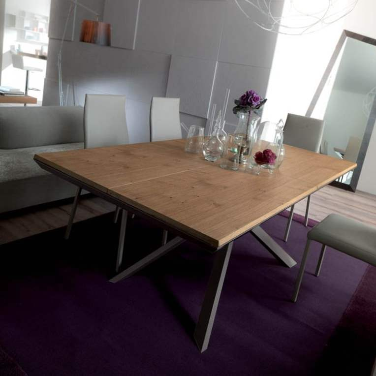 Ozzio Italia expandable table