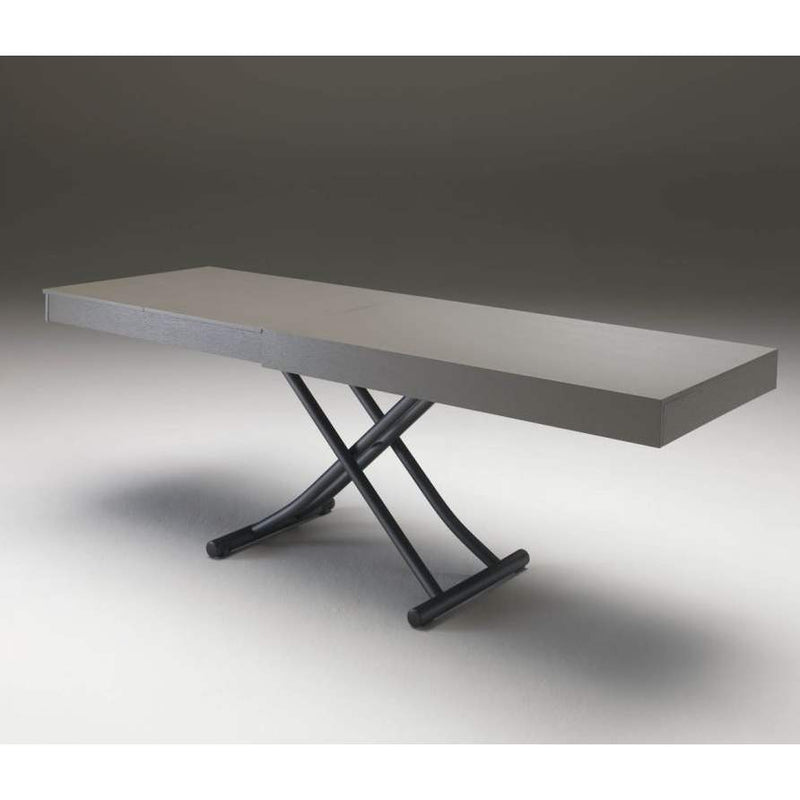 Newood table in mid size dining table configuration