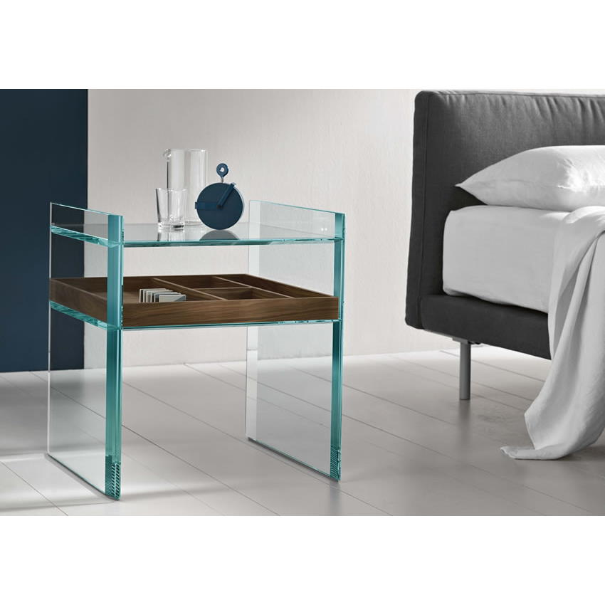 Quiller side table