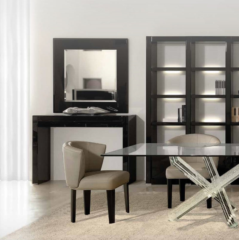 Room full of luxury furniture made in Italy by Reflex