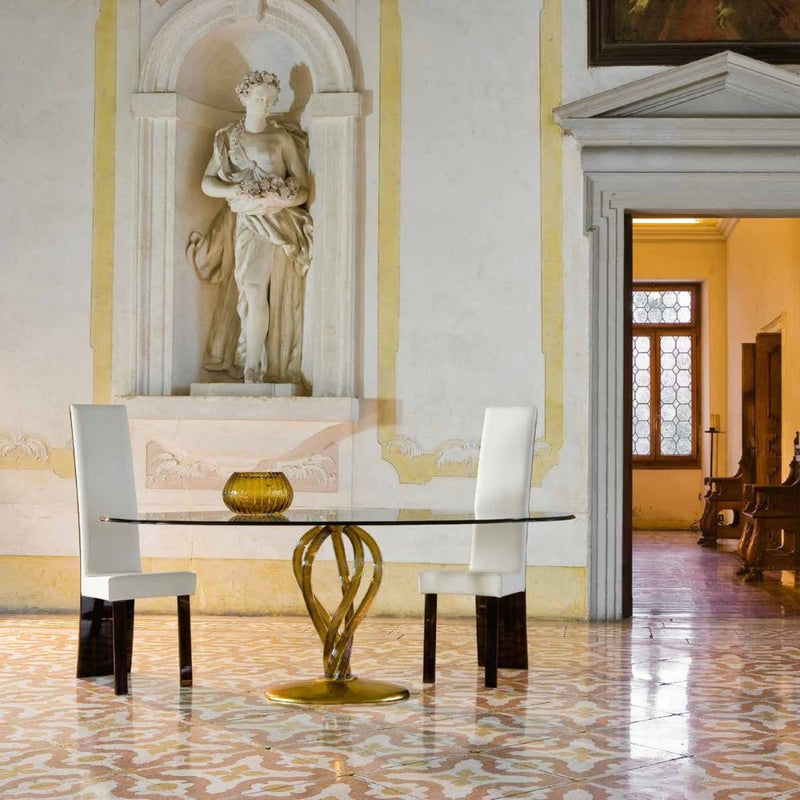 High-end room full of luxury furniture made in Italy