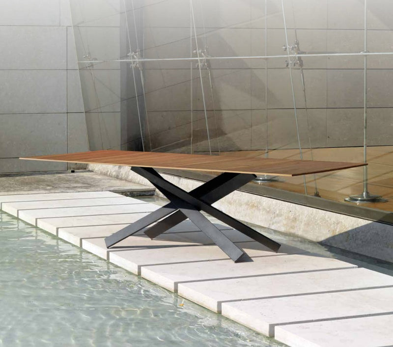 Mikado 72 Luxury Dining table by  Reflex  made in Italy