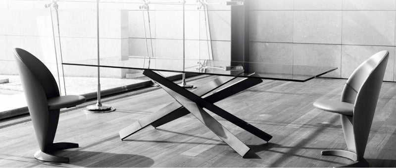 Mikado 72 Luxury Dining table by  Reflex with glass top