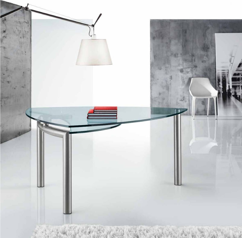 Policleto Goccia - tempered glass-topped dining table made in Italy by Reflex