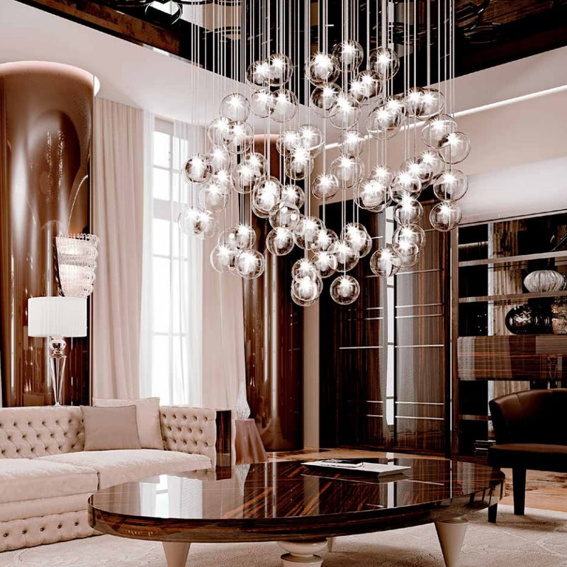 Bulles Lampadario Chandelier in a very modern living room with Italian Furniture