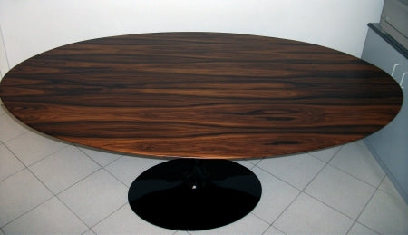 Eero Saarinen Dining Table that was made in Italy