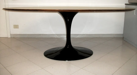 Eero Saarinen Dining Table side view
