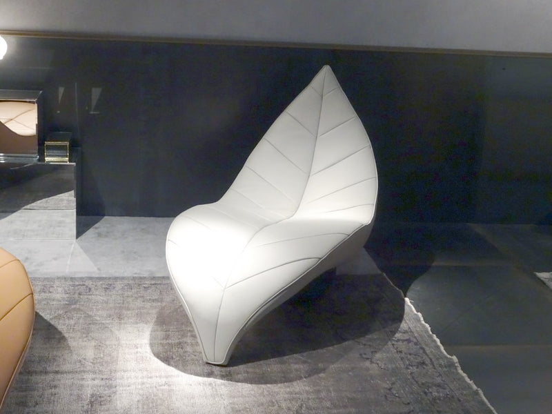 Italian chaise chair shaped like a leaf
