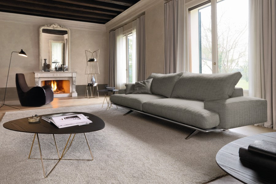 Platz Sofa - Sofa  architectural  design with minimalist styling by Desiree