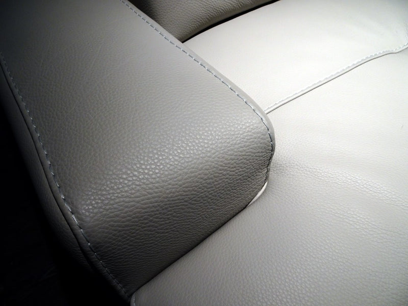 Close view of Egeo Sectional / Sofa armrest