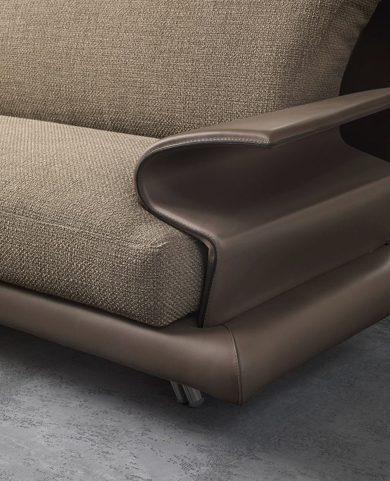 View of arms on the Super Roy Luxury Sofa by Il Loft