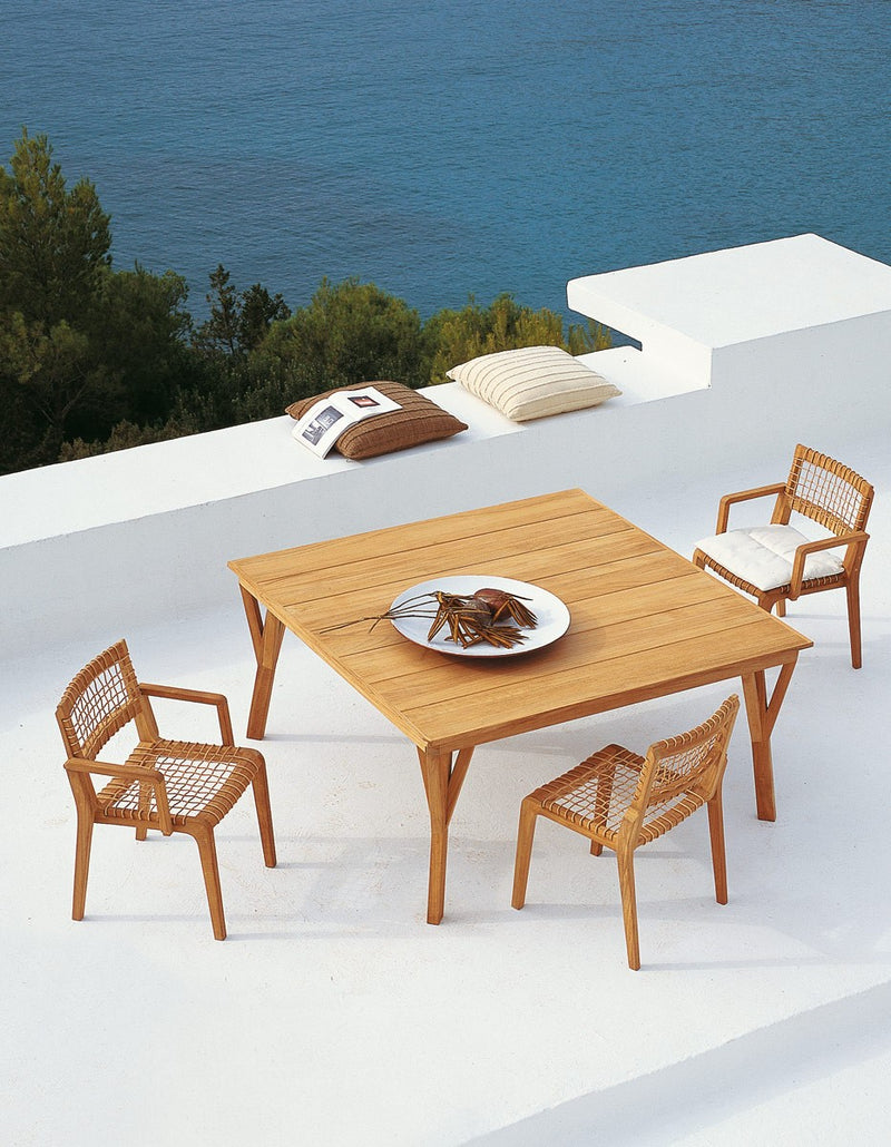 Synthesis Dining Armchair - italydesign.com
