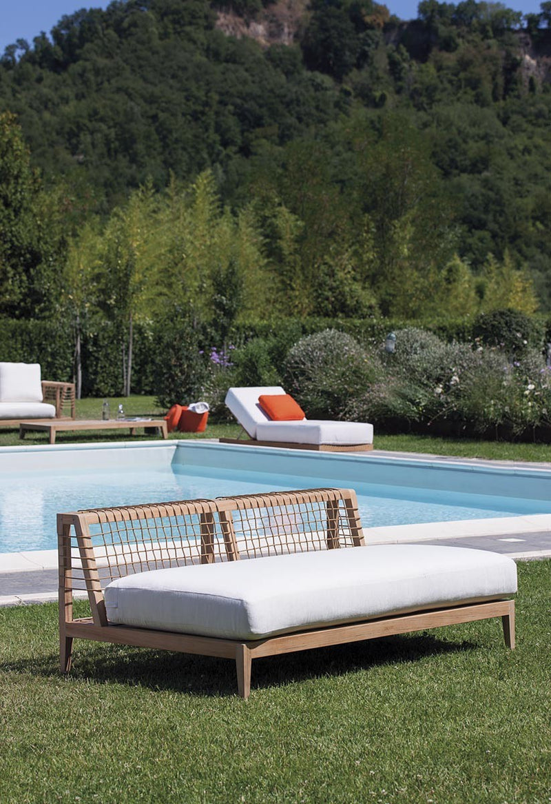Synthesis Sofa - italydesign.com