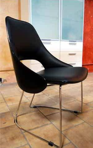 Tender Leather Arm Chair