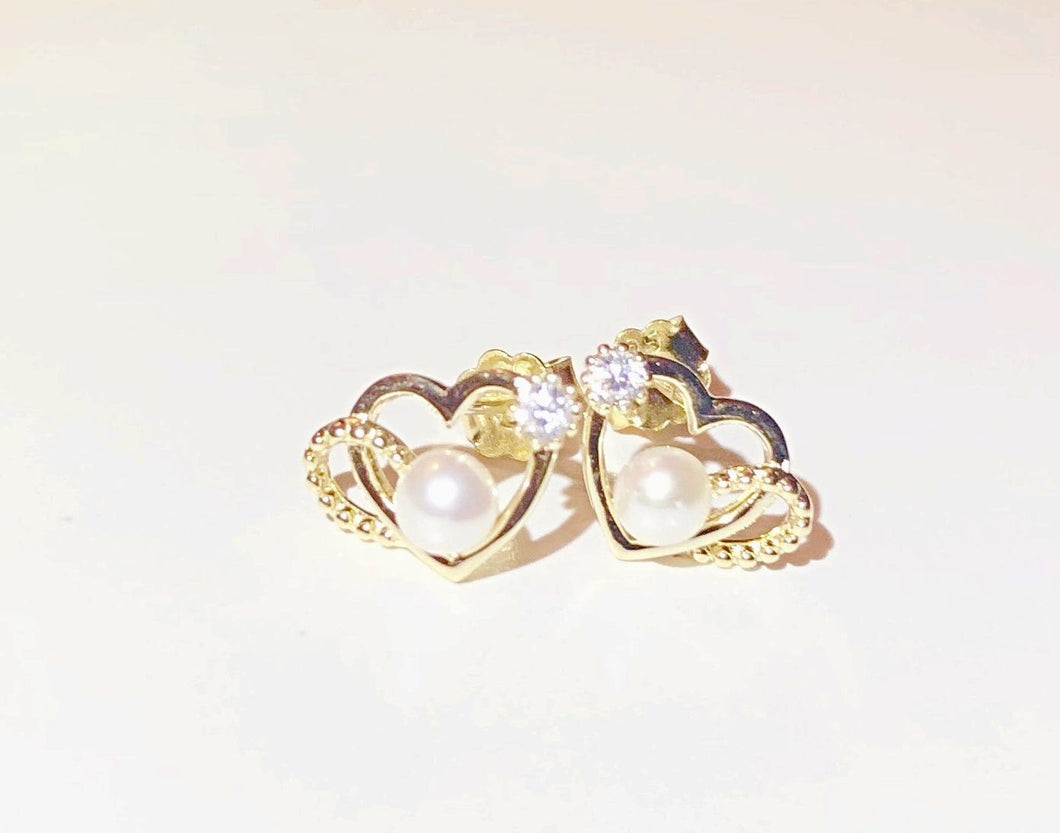 925 Sterling Silver/Gold Plated Heart and Pearl Dainty Studs Earrings