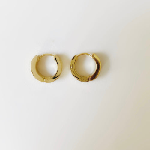 The Edge Golden Square Huggie Hoops