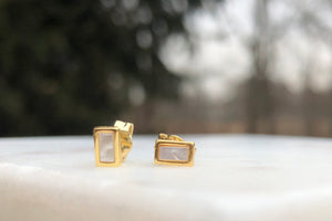 The Cathy Mother of Pearl Bar Earrings