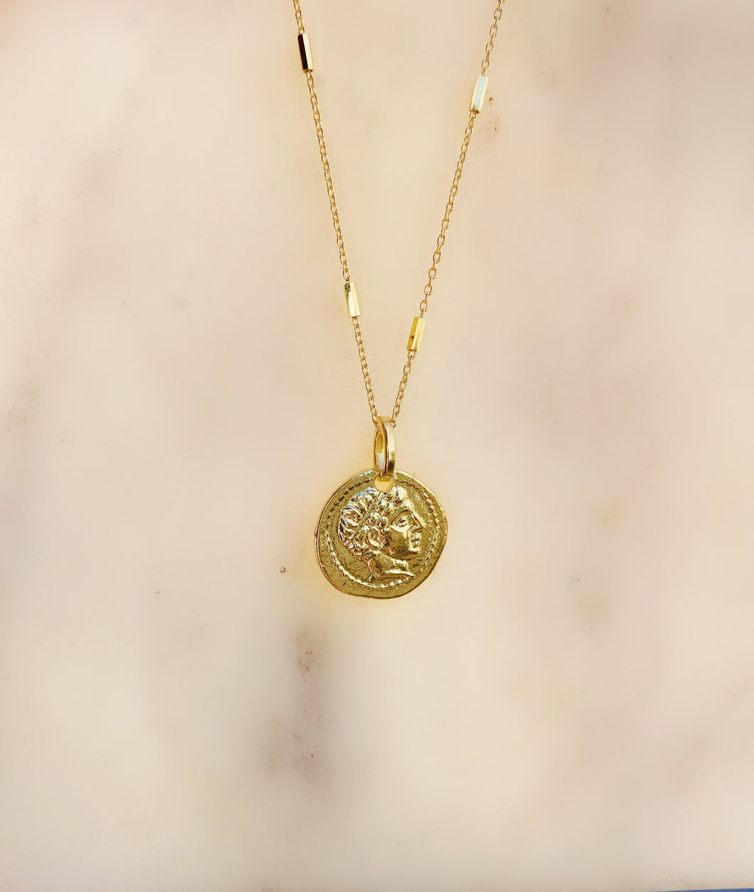 Roma Pendant Necklace