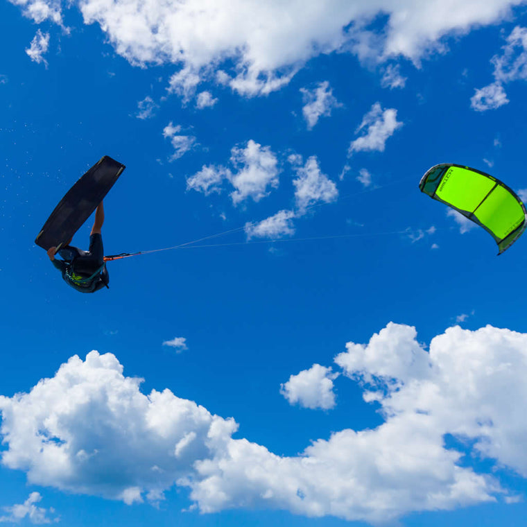 Kitesurfing All terrain kite Element 6