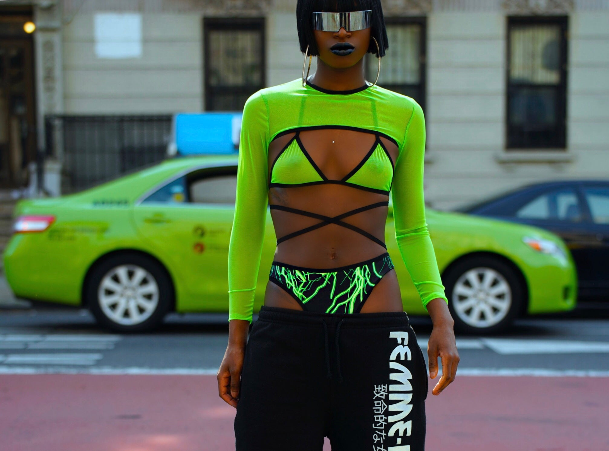 THE 'CYBER ' MESH SET