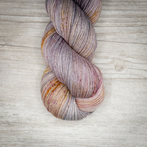 Dainty - Merino Linen Singles Dyed to Order