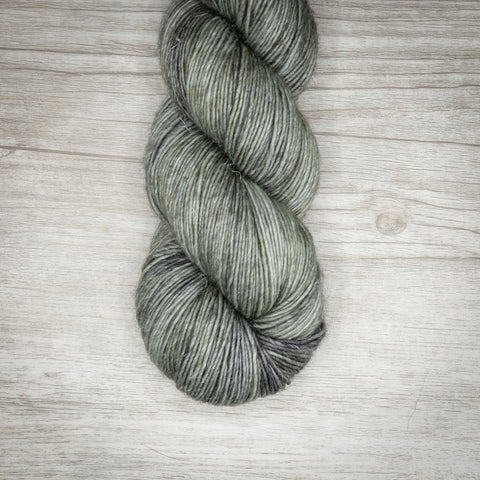 Silver Leaf - Merino Linen Singles Dyed to Order