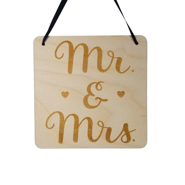"Love Sign - Valentines Day Gift - Mr and Mrs Plaque - Rustic Hanging Wall Sign - Love Gift Sign Inspirational 5.5"" Wedding Anniversary Gift"
