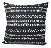 Leal Pillow Cover