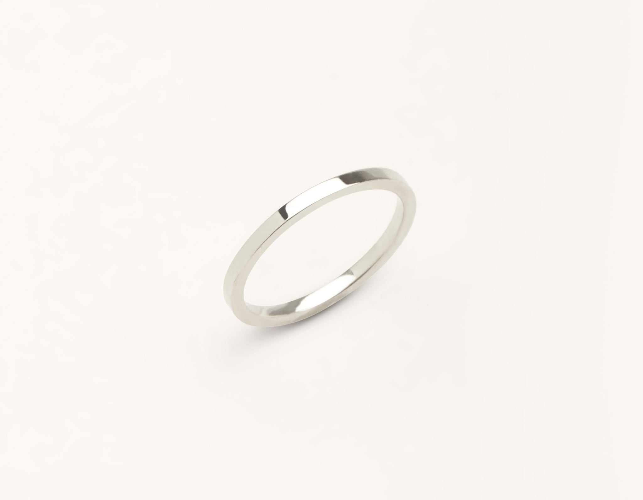 Minimalist 18k solid white gold 1.5 mm Flat Wedding Band for men and women Vrai and Oro