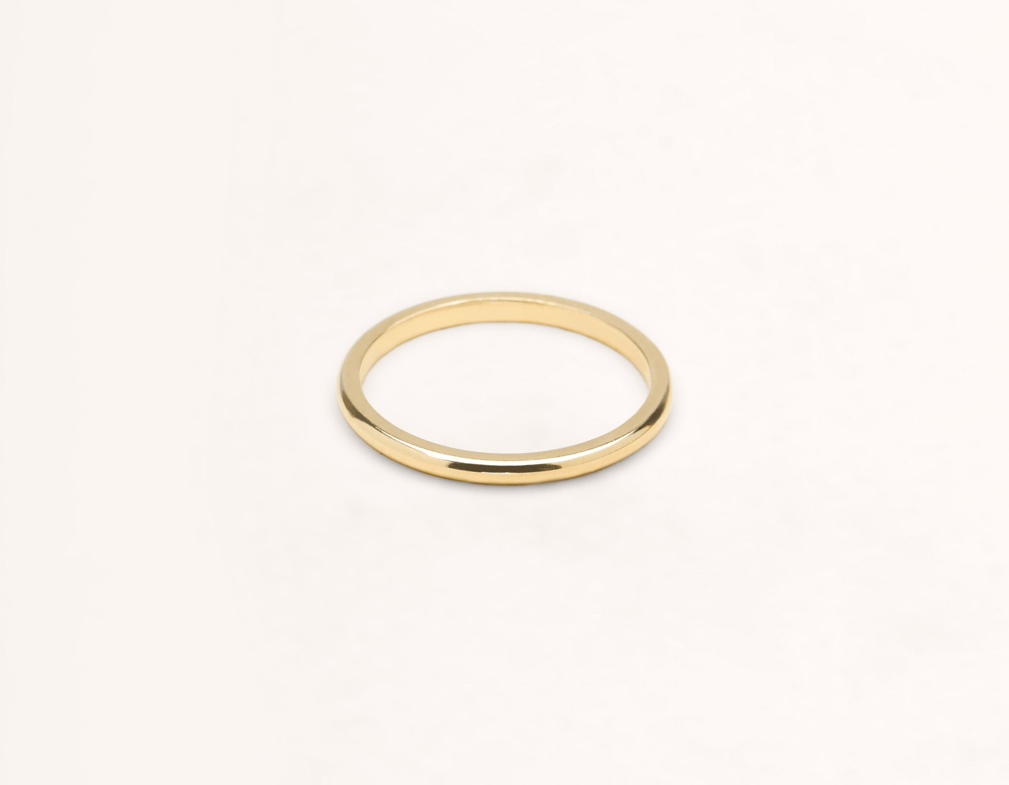 Simple modern 18k solid yellow gold 1.5 mm Round men's women's Wedding Band Vrai & Oro