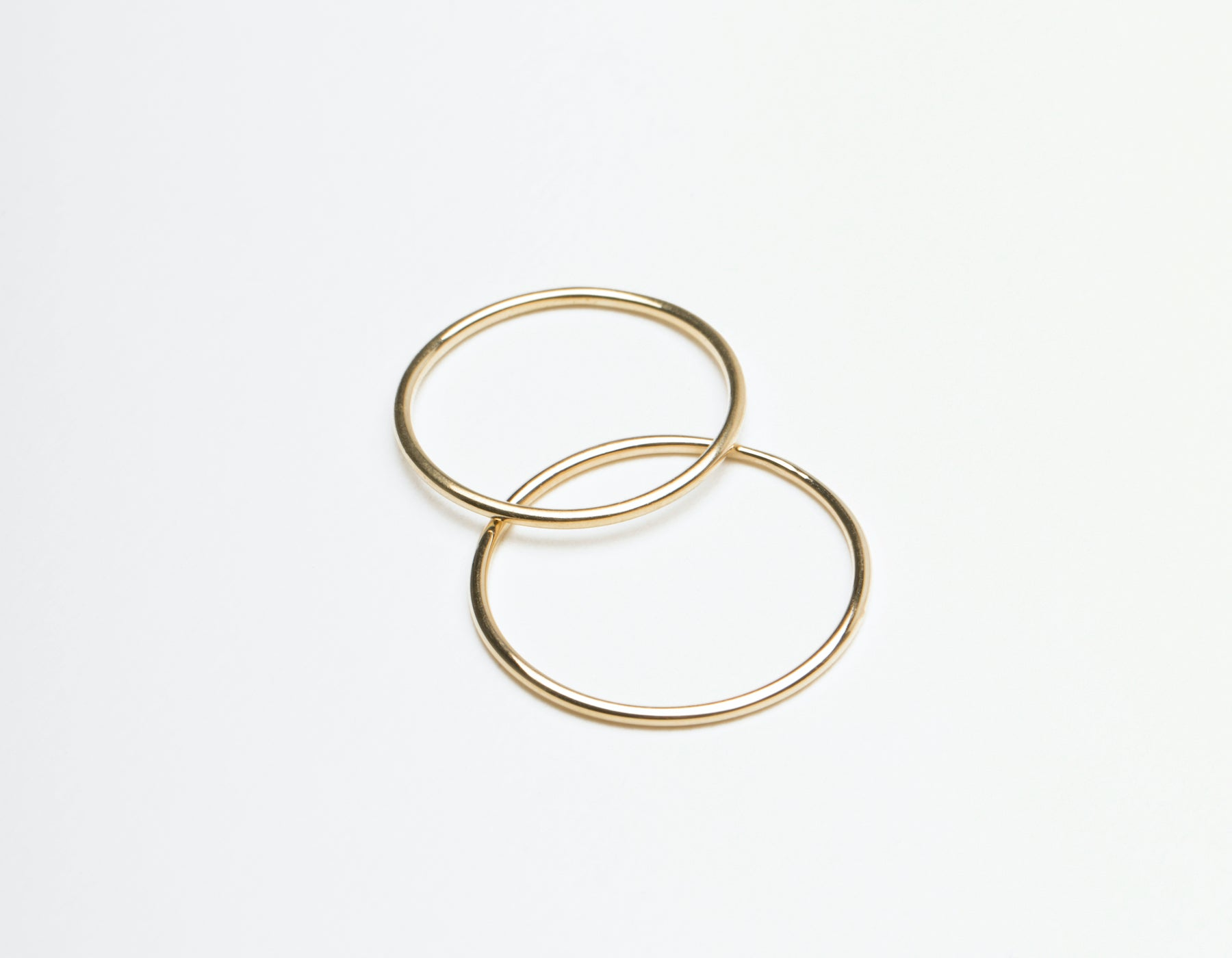 Skinny Stacker Ring 14k solid gold Vrai & Oro plain round thin band, 14K Yellow Gold