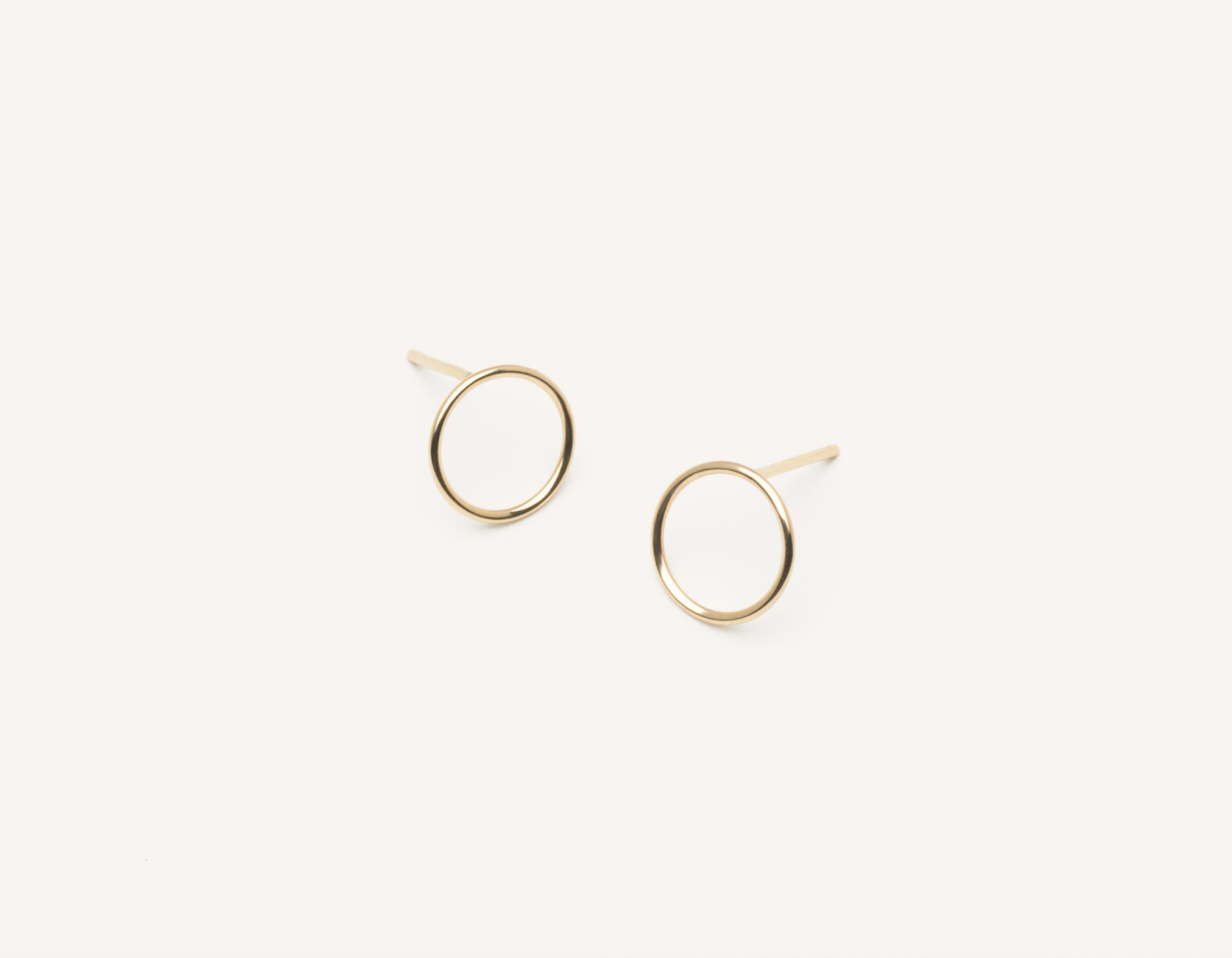 Simple classic Circle Stud Earrings 14k solid gold Vrai & Oro minimalist jewelry, 14K Yellow Gold