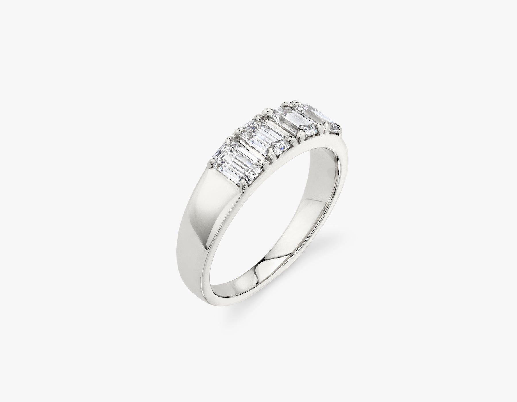 Vrai classic elegant Emerald Diamond Tetrad Band .25ct Emerald Diamond Ring, 14K White Gold