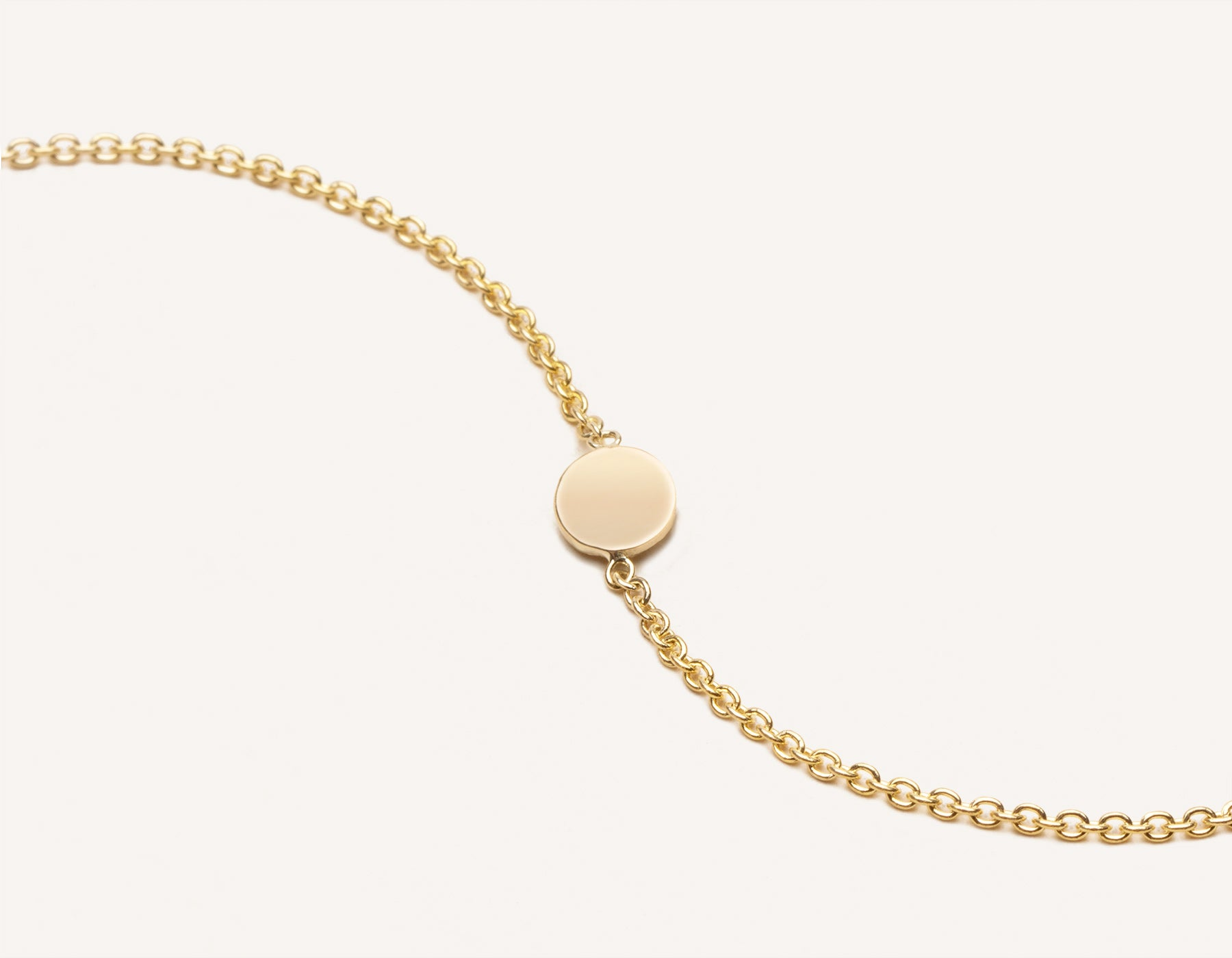 Customizable simple Initial Bracelet 14k solid gold round disk dainty chain Vrai and Oro, 14K Yellow Gold