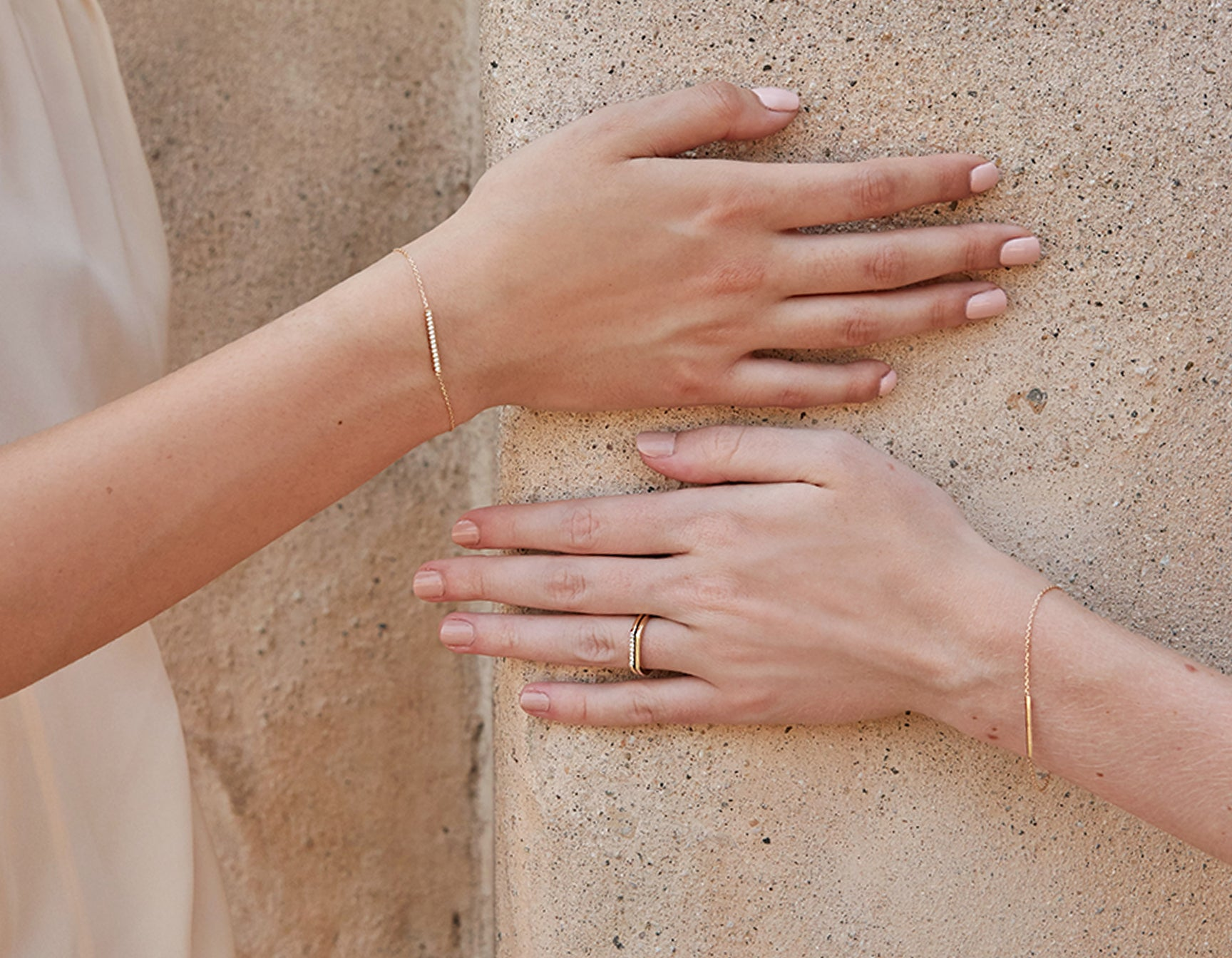 Minimalist classic Line Bracelet shimmer chain plain and pave by Vrai