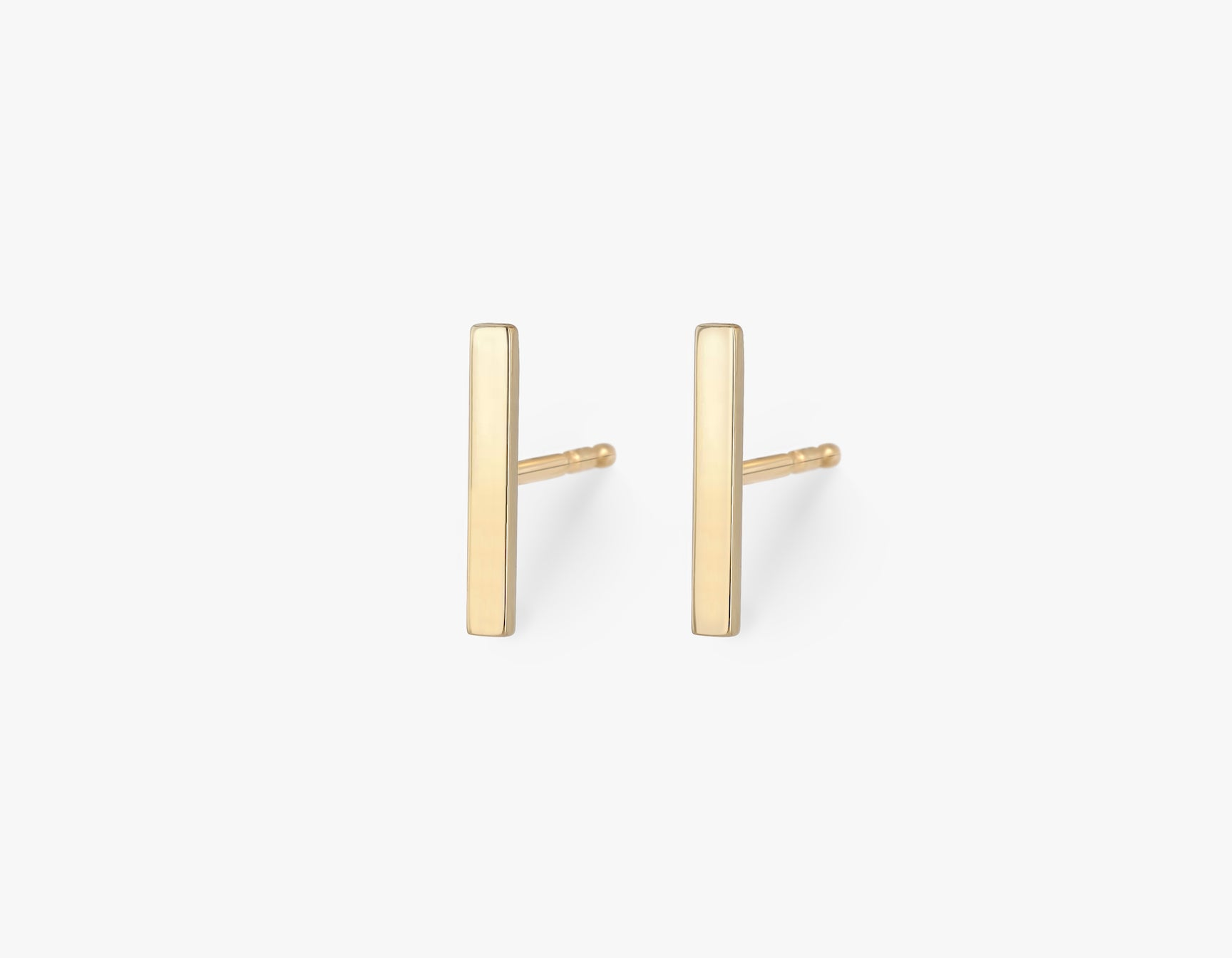 Vrai solid gold Line Stud, 14K Yellow Gold