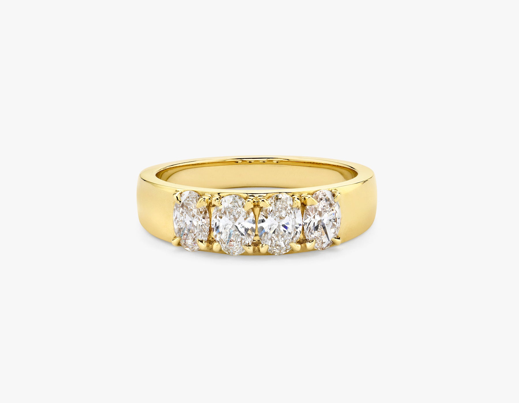 Vrai simple minimalist Oval Diamond Tetrad Band .25ct Oval Diamond Ring, 14K Yellow Gold