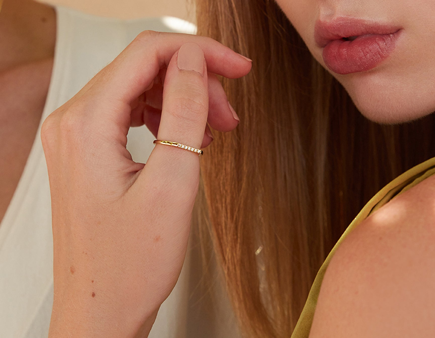 Minimalist classic Line Ring pave by Vrai