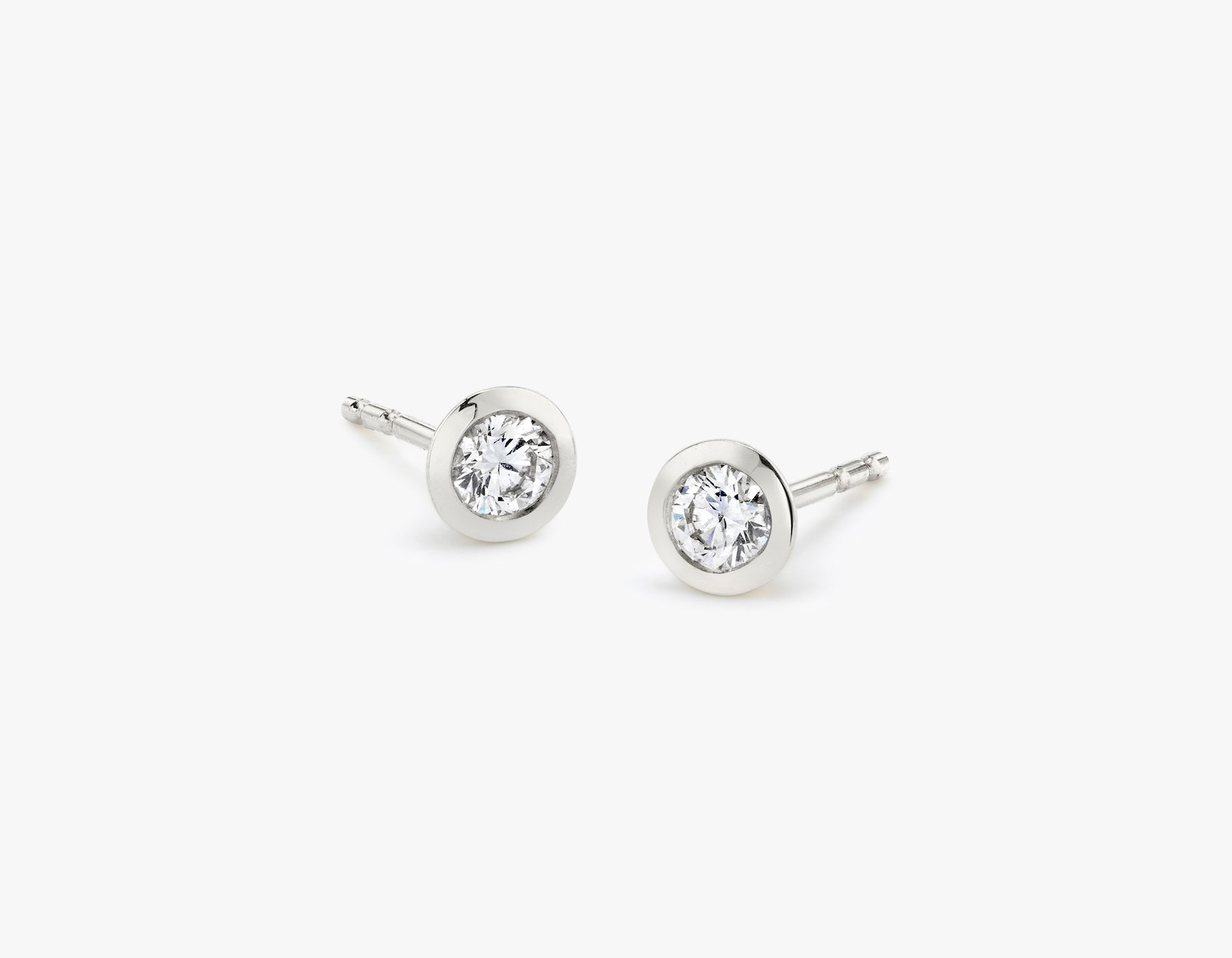 Vrai simple minimalist Round Diamond Bezel Earrings, 14K White Gold