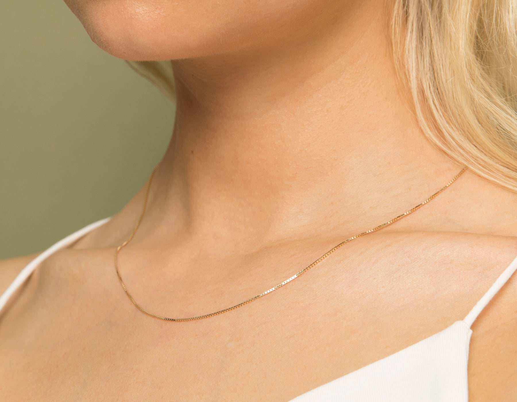 Model wearing Vrai 14k solid gold Silk Box Chain necklace diamond cut chain simple classic, 14K Rose Gold