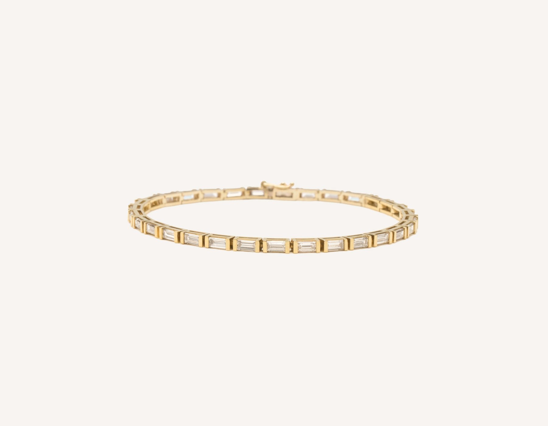 Classic elegant 18k solid gold Baguette Diamond Tennis Bracelet by Vrai and Oro, 18K Yellow Gold