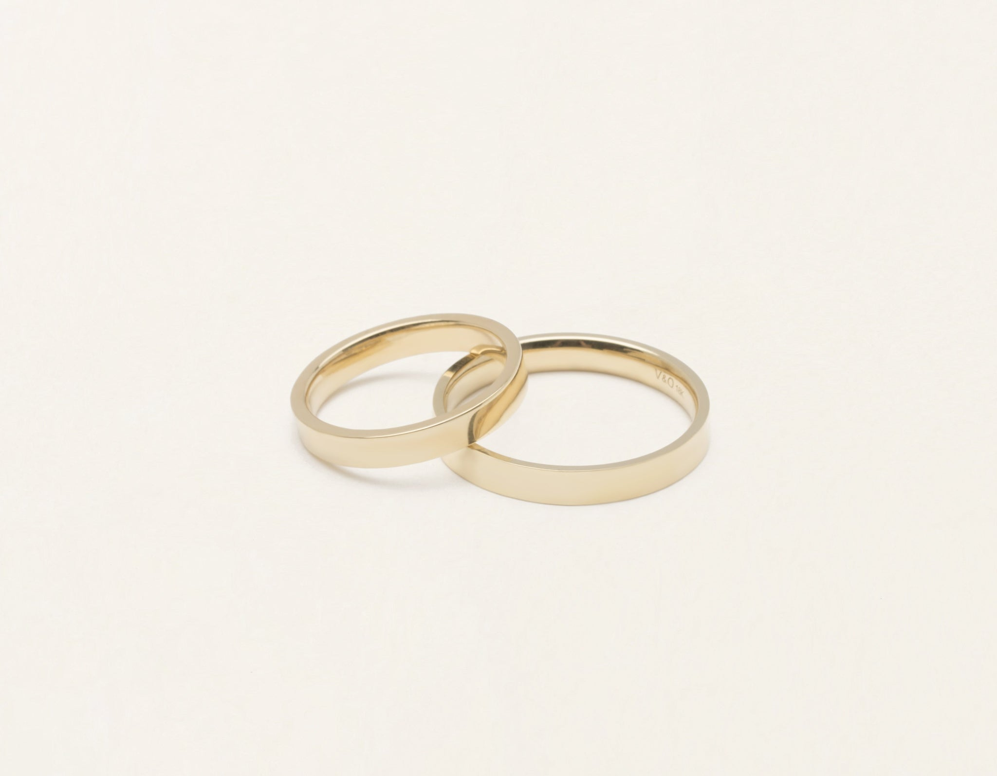 Vrai & Oro 18k solid yellow gold Wedding Band 3 Flat unisex simple classic band