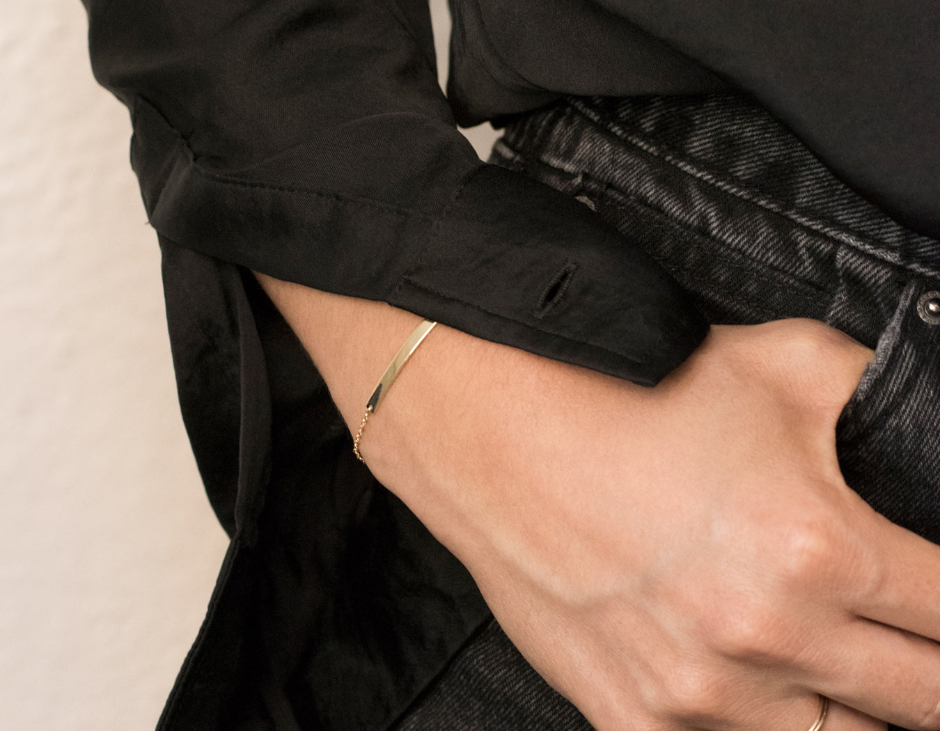 Vrai and Oro modeled Simple Casual Bar Bracelet in 14k solid yellow gold